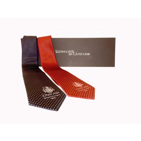Cravatta in seta con stemma